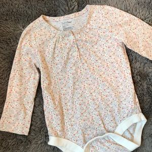 BabyGap long sleeve floral tee